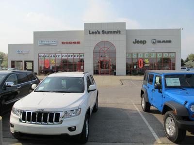 Lee's Summit Dodge Chrysler Jeep RAM Image 3