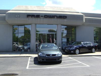 Lexus of Smithtown Image 1