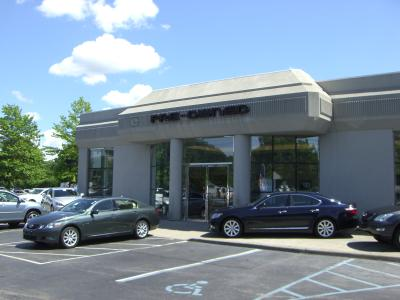 Lexus of Smithtown Image 6