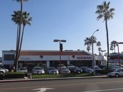Tustin Nissan Image 3