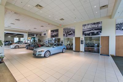 Jaguar Land Rover of Houston North Image 2