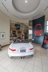 Jaguar Land Rover of Houston North Image 7