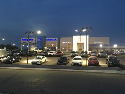 Rolling Hills Auto Plaza Image 3