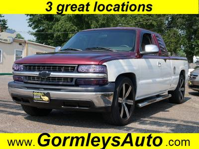 Chevrolet Silverado 1500 2001 for Sale in Gloucester City, NJ