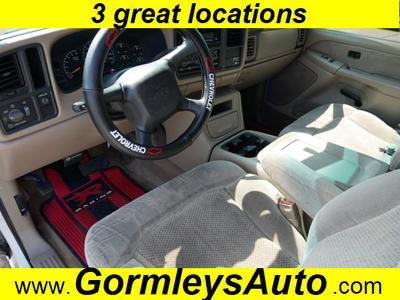 Chevrolet Silverado 1500 2001 for Sale in Gloucester City, NJ