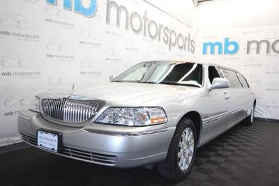 Lincoln Town Car 2008 for Sale in Asbury Park, NJ