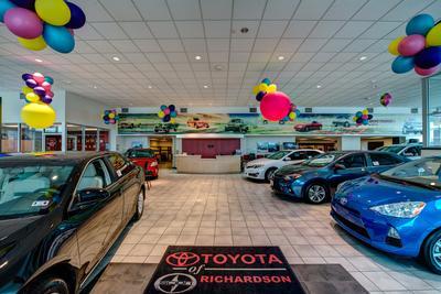 Toyota of Richardson Image 2