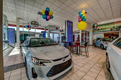 Toyota of Richardson Image 5