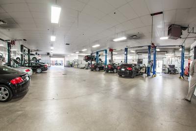 Rusnak/Westlake Audi Image 7