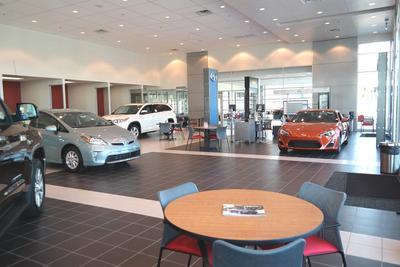 Hanlees Hilltop Toyota Image 1