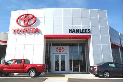 Hanlees Hilltop Toyota Image 3