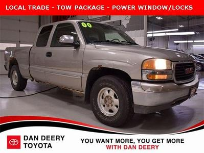 GMC Sierra 1500 2000 for Sale in Cedar Falls, IA