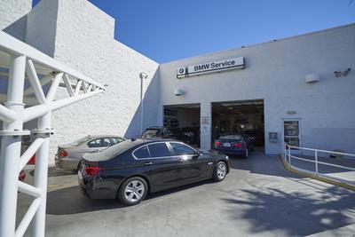BMW of Las Vegas Image 2