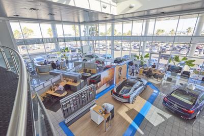 BMW of Las Vegas Image 7