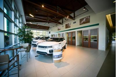 Jaguar Land Rover Bellevue Image 4
