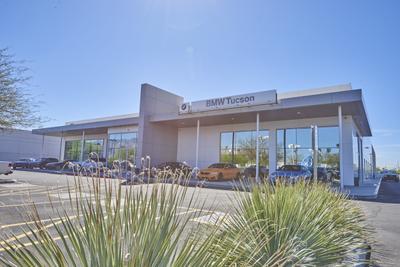 BMW of Tucson Image 2