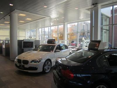 BMW of Bloomfield Image 4