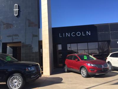 Lawrence Hall Lincoln Mazda Image 4