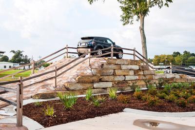 Paretti Jaguar Land Rover Baton Rouge Image 6