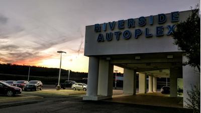 Riverside Autoplex Of Poteau Image 2
