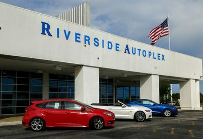 Riverside Autoplex Of Poteau Image 3