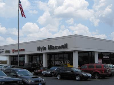 Nyle Maxwell Chrysler Jeep Dodge of Taylor Image 1