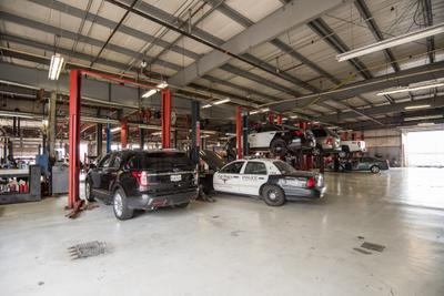 AutoNation Ford South Fort Worth Image 3