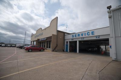 AutoNation Ford South Fort Worth Image 6