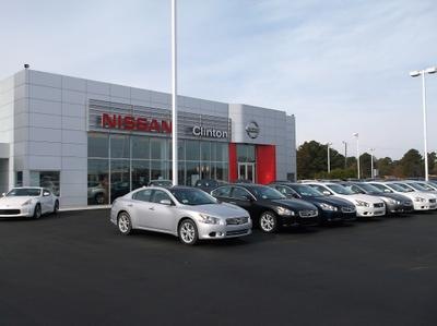 Nissan of Clinton Image 1