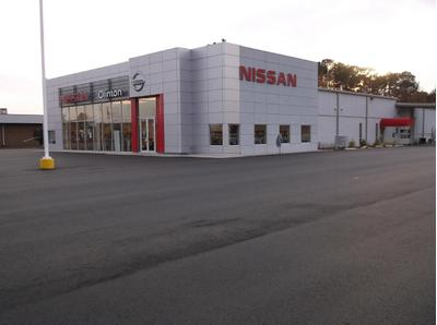 Nissan of Clinton Image 7