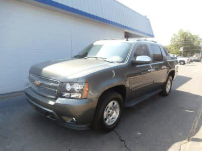Chevrolet Avalanche 2011 for Sale in Marianna, FL