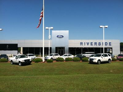 Riverside Ford Lincoln Image 3