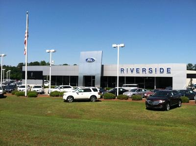 Riverside Ford Lincoln Image 5