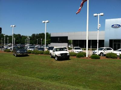 Riverside Ford Lincoln Image 6