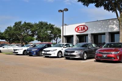 Central Kia of Plano Image 6