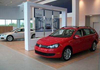 McDaniels VW/Acura on Killian Image 1