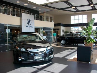 McDaniels VW/Acura on Killian Image 3