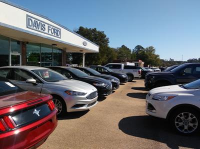 Davis Ford Sales, Inc. Image 1
