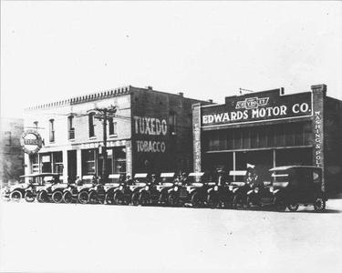 Edwards Chevrolet Downtown Image 2