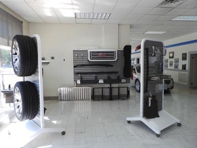 Lee Motor Company Image 4
