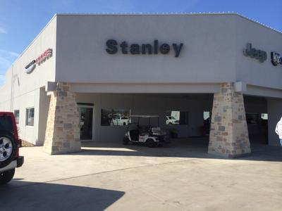 Stanley Chrysler Dodge Jeep - Brownwood Image 4