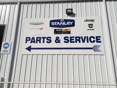 Stanley Chrysler Dodge Jeep - Brownwood Image 6