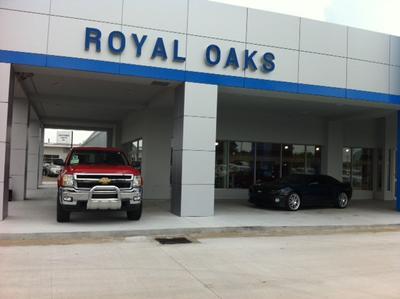 Royal Oaks Chevrolet Cadillac Image 2
