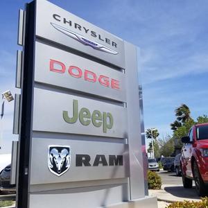 Hunter Dodge Chrysler Jeep RAM Fiat Image 3