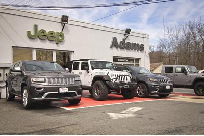 Adams Jeep of Maryland Image 4