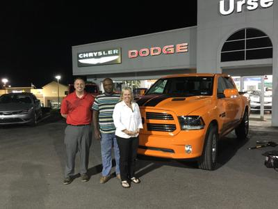 Urse Dodge Chrysler Jeep RAM of Fairmont Image 2
