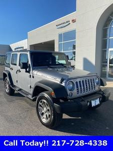 Jeep Wrangler Unlimited 2014 for Sale in Sullivan, IL