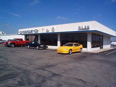 Piles Chevrolet Image 1