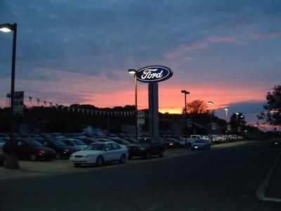 Lutesville Ford Image 1