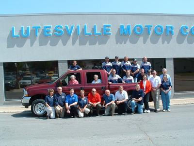 Lutesville Ford Image 3
